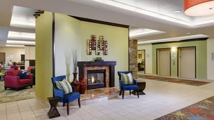 Lobby | Holiday Inn Express Hotel & Suites Saginaw