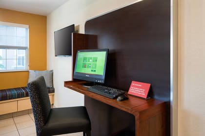 Business Center | TownePlace Suites Los Angeles LAX/Manhattan Beach