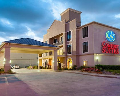 Featured Image      Comfort Suites Houston West at Clay Road