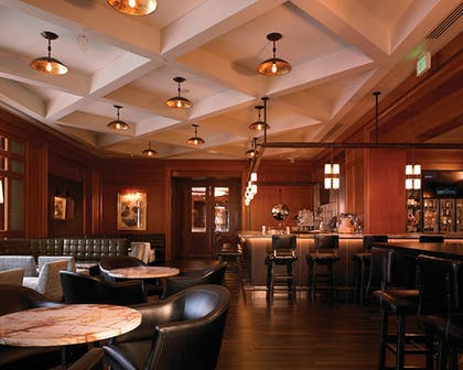 Hotel Bar | Four Seasons Hotel San Francisco