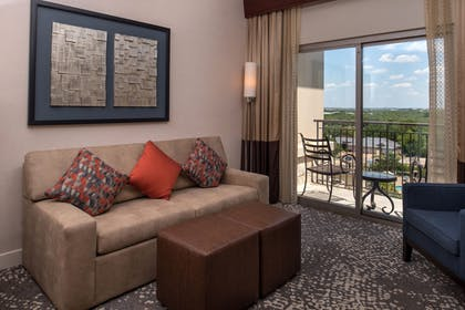 | 1 King 1 Bedroom President Suite | Hilton San Antonio Hill Country