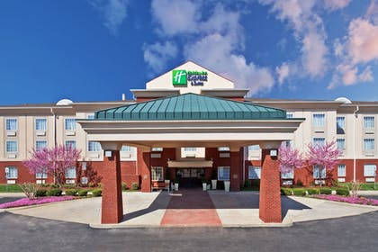 Featured Image | Holiday Inn Express & Suites Manchester