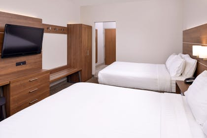 Guestroom | Holiday Inn Express East Ridge