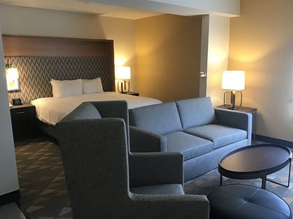 Guestroom   The Cleveland Hotel