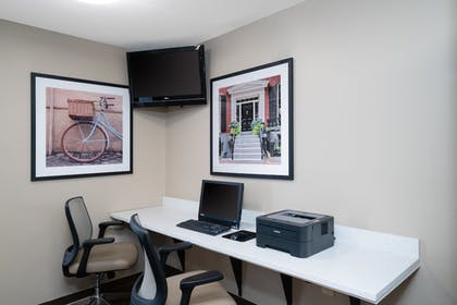 Business Center | Candlewood Suites Hopewell
