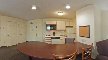 In-Room Dining | Candlewood Suites Hopewell