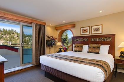 Guestroom | The Ridge Tahoe