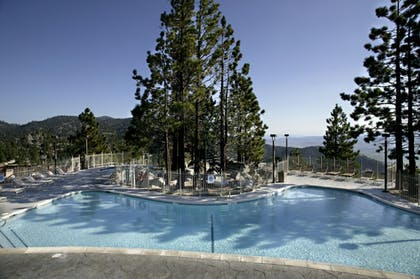 Outdoor Pool | The Ridge Tahoe