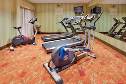 Fitness Facility | Holiday Inn Express Hotel & Suites Quakertown