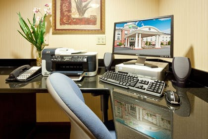 Miscellaneous | Holiday Inn Express Hotel & Suites Quakertown