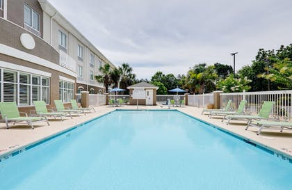 Pool | Holiday Inn Express & Suites I-16