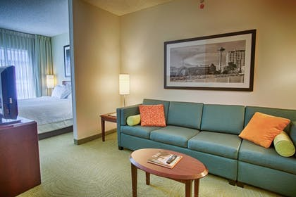 Guestroom | SpringHill Suites by Marriott Seattle Downtown/ S Lake Union