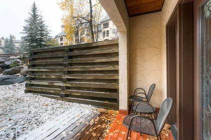 Terrace/Patio | The Charter at Beaver Creek