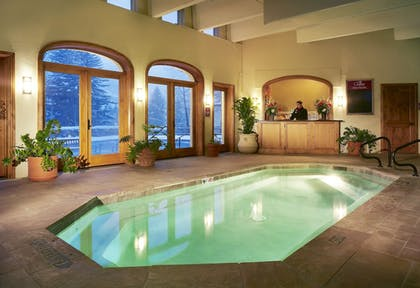 Indoor Spa Tub | The Charter at Beaver Creek