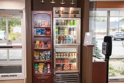 Snack Bar | Fairfield Inn & Suites Lexington Berea