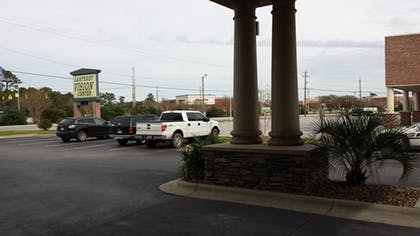 Exterior | Holiday Inn Express Hotel & Suites Morehead Cty
