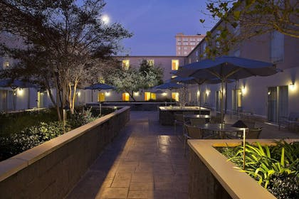 Hotel Front - Evening/Night | SpringHill Suites by Marriott New Orleans DT/Convention Ctr