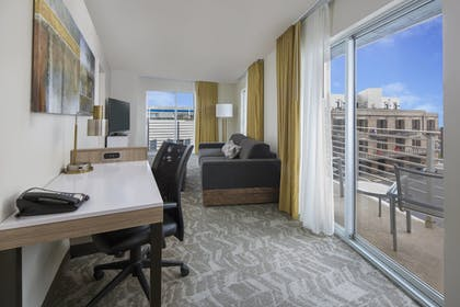 Guestroom | SpringHill Suites by Marriott New Orleans DT/Convention Ctr