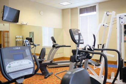 Fitness Facility | Best Western Plus Sunset Suites-Riverwalk