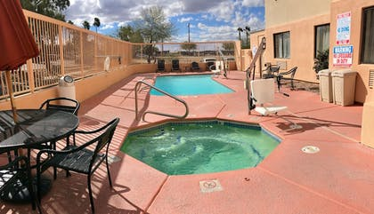 Outdoor Pool | Baymont by Wyndham Tucson Airport