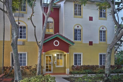 Exterior | TownePlace Suites by Marriott Fort Lauderdale Weston