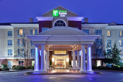 Featured Image | Holiday Inn Express Hotel & Suites Greenville