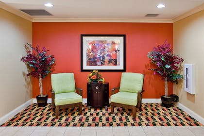 Lobby | Holiday Inn Express Hotel & Suites Greenville