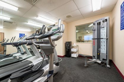 Fitness Facility | Crystal Inn Hotel & Suites Great Falls
