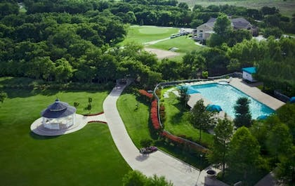 Exterior detail | Dallas/Ft. Worth Marriott Hotel & Golf Club Champions Circle