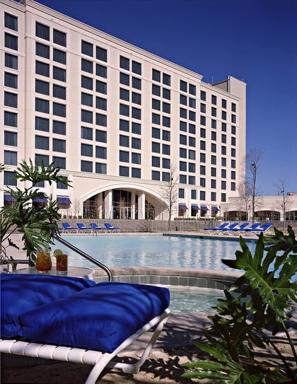 Hotel Front | Dallas/Ft. Worth Marriott Hotel & Golf Club Champions Circle