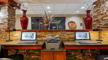 Business Center | Best Western Plus Vancouver Mall Dr. Hotel & Suites