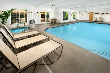Pool | Best Western Plus Vancouver Mall Dr. Hotel & Suites