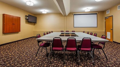 Meeting Facility | Best Western Plus Vancouver Mall Dr. Hotel & Suites