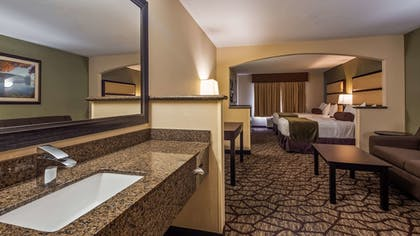 Room | Best Western Plus Vancouver Mall Dr. Hotel & Suites