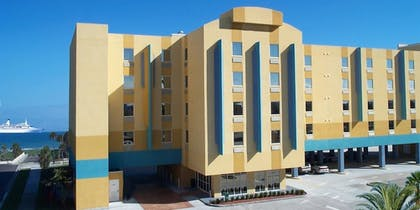 Hotel Front | Cocoa Beach Suites