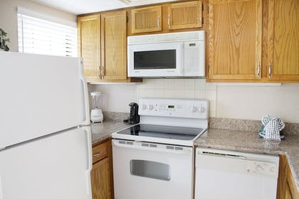 In-Room Kitchen | Gatlinburg Town Square by Exploria Resorts