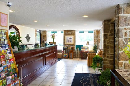Interior Entrance | Gatlinburg Town Square by Exploria Resorts
