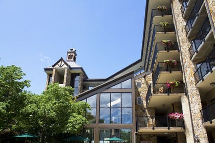 Exterior | Gatlinburg Town Square by Exploria Resorts
