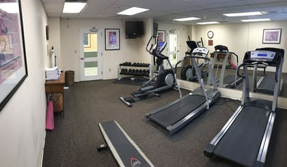 Fitness Facility | CrestHill Suites SUNY University Albany