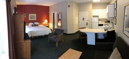 Guestroom | CrestHill Suites SUNY University Albany