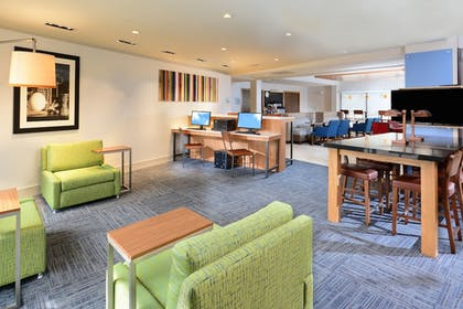Lobby | Holiday Inn Express Hotel and Suites Research Triangle Park
