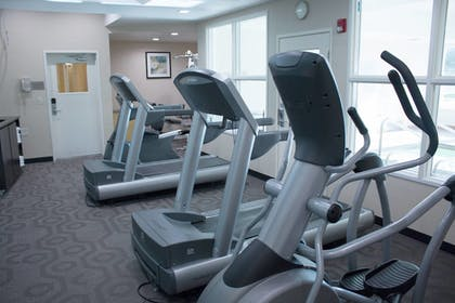 Sports Facility | Fairfield Inn & Suites by Marriott Oakland Hayward