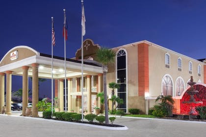 Featured Image | Hawthorn Suites by Wyndham Corpus Christi
