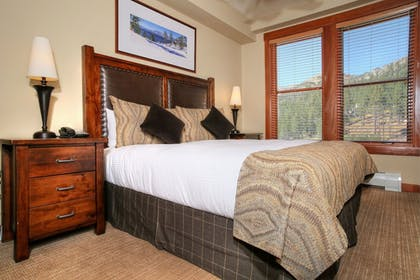 Guestroom   The Village at Squaw Valley