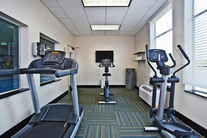 Fitness Facility | Holiday Inn Express Hotel & Suites Columbus-Groveport