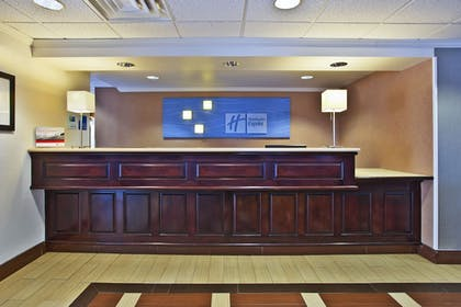 Lobby | Holiday Inn Express Hotel & Suites Columbus-Groveport