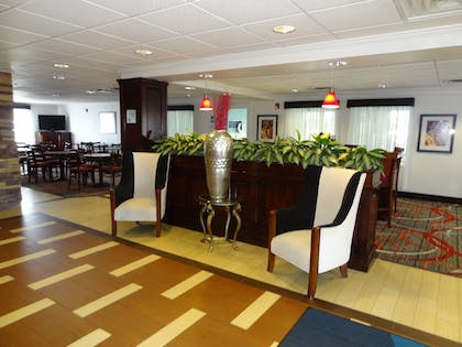 Hotel Interior | Holiday Inn Express Hotel & Suites Columbus-Groveport