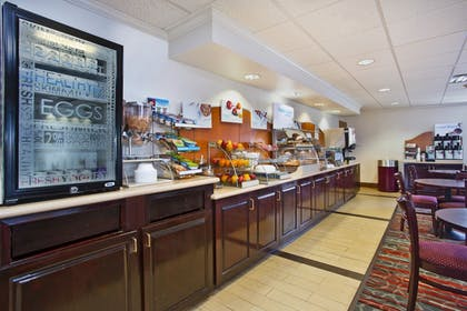 Restaurant | Holiday Inn Express Hotel & Suites Columbus-Groveport