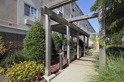 Property Grounds | Candlewood Suites Rogers / Bentonville