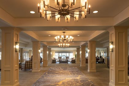 Lobby | Williamsburg Lodge, Autograph Collection